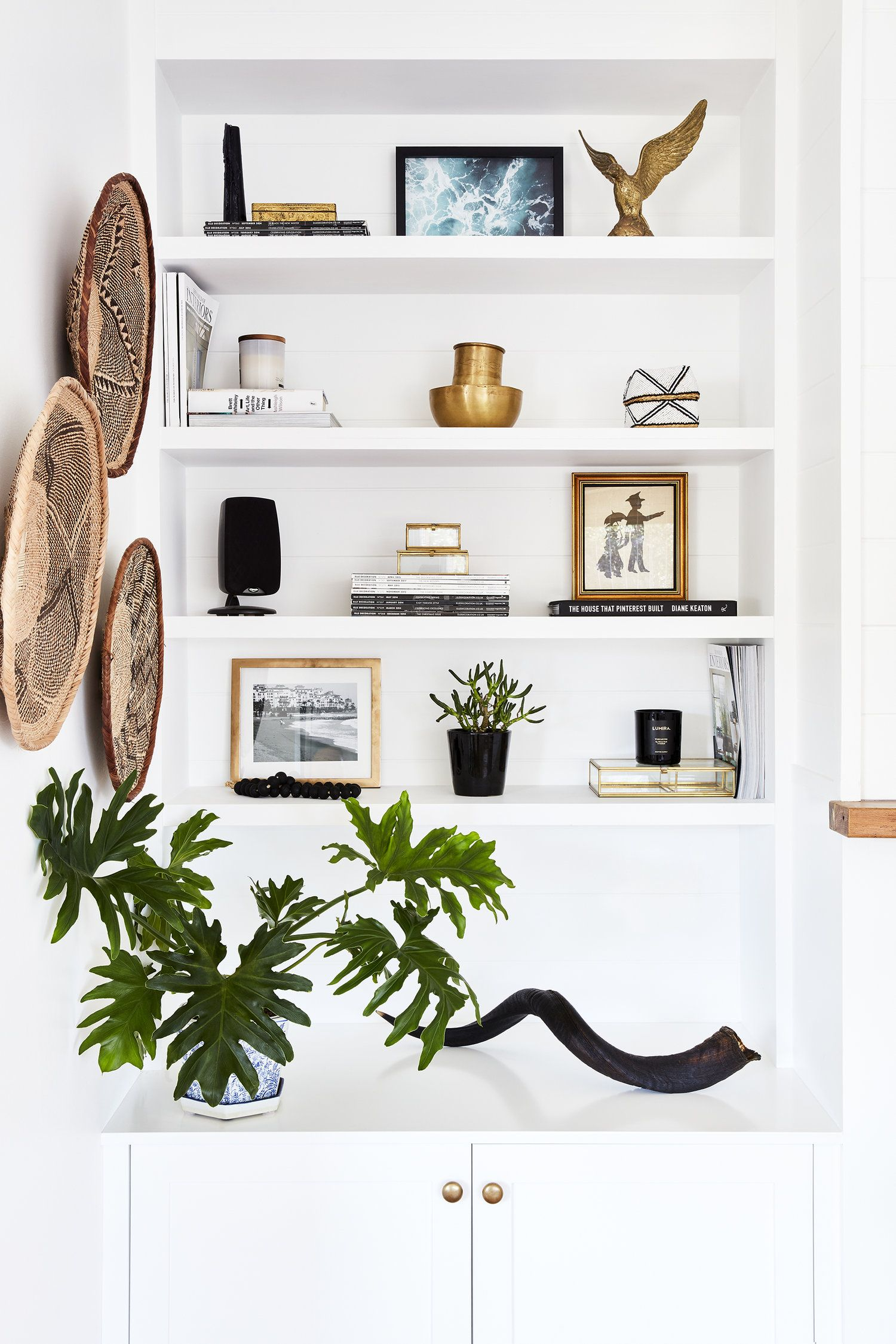 Styling Shelves At The Beach
