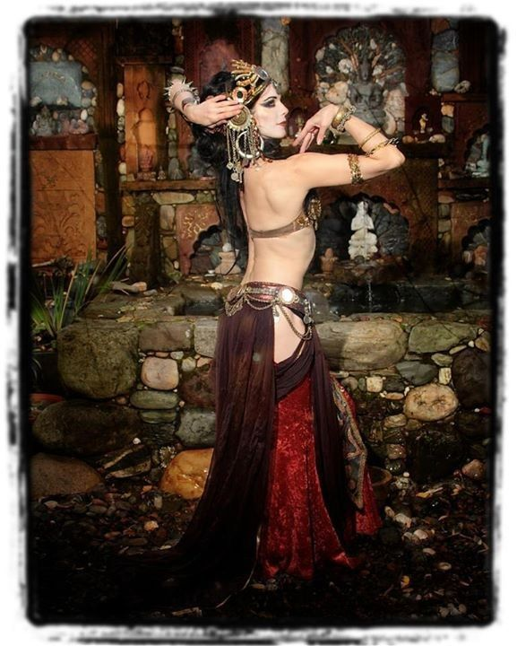 106 best ☆~Belly Dancers~☆ images on Pinterest | Belly dance ...