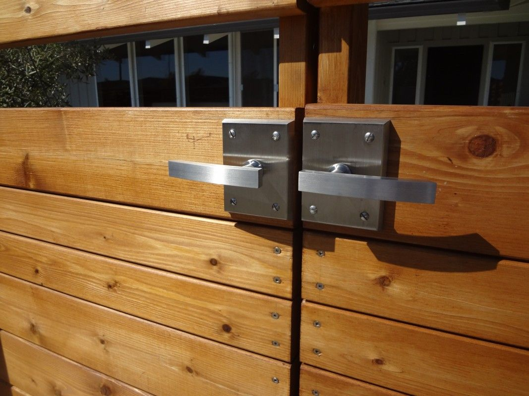 Double Gate Hardware with 316 Marine Grade Stainless Steel