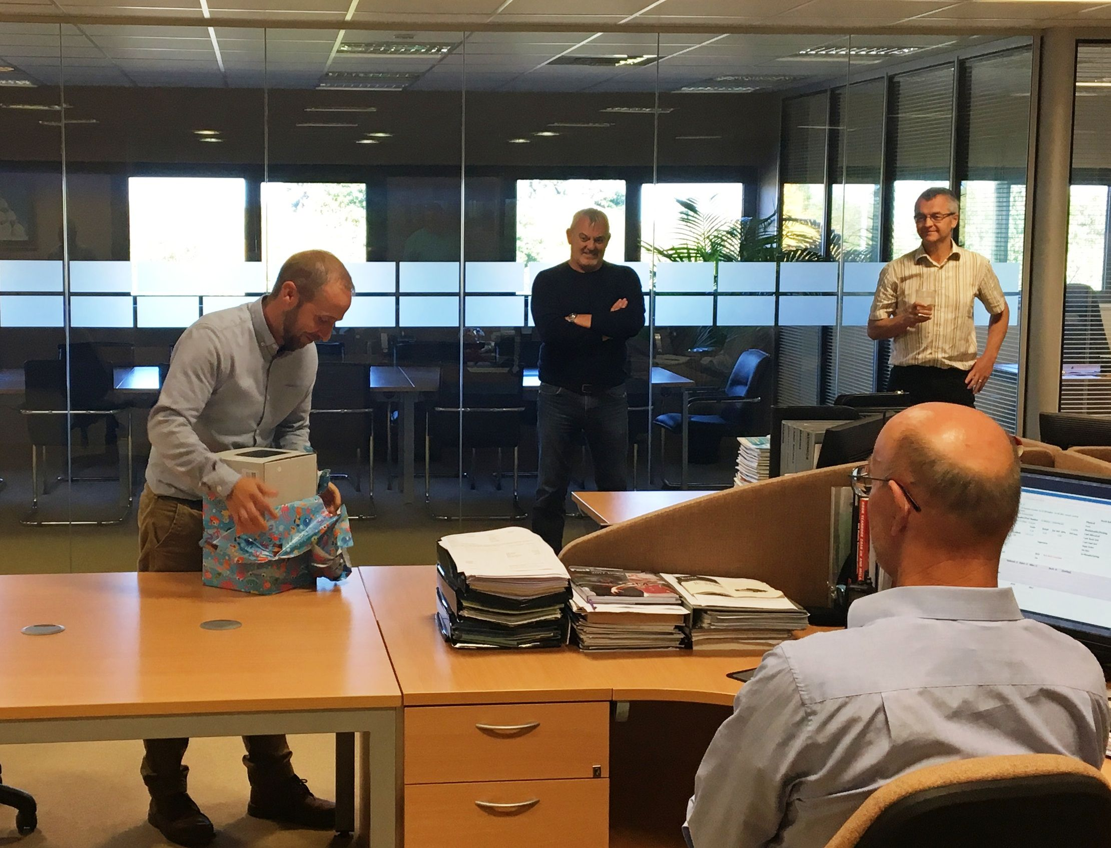 Not To Worry Virgil Has Just Celebrated 25 Years With Icom Uk And Everyone Came Upstairs Show Their Reciation A Top Bloke Very Knowledgeable