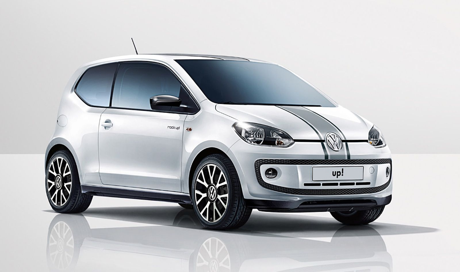 Volkswagen Rock Up And Groove Up Hit The High Notes Photos 1