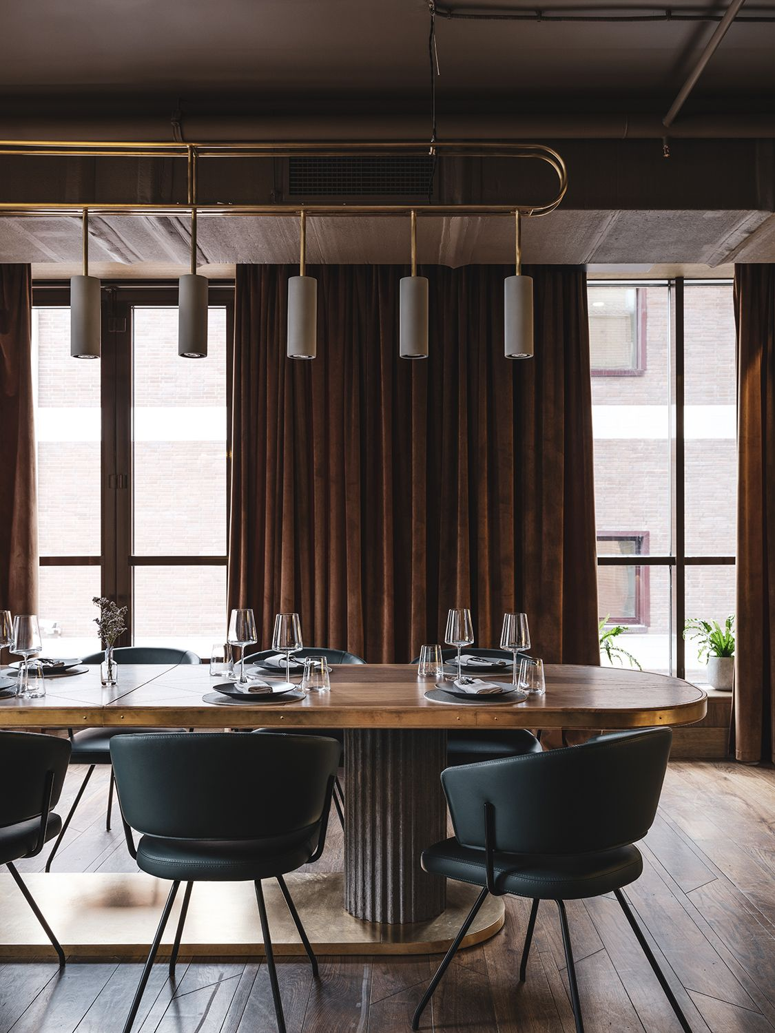The Y Asthetique Group In 2020 Dining Table In Kitchen Communal Table Restaurant Communal Kitchen