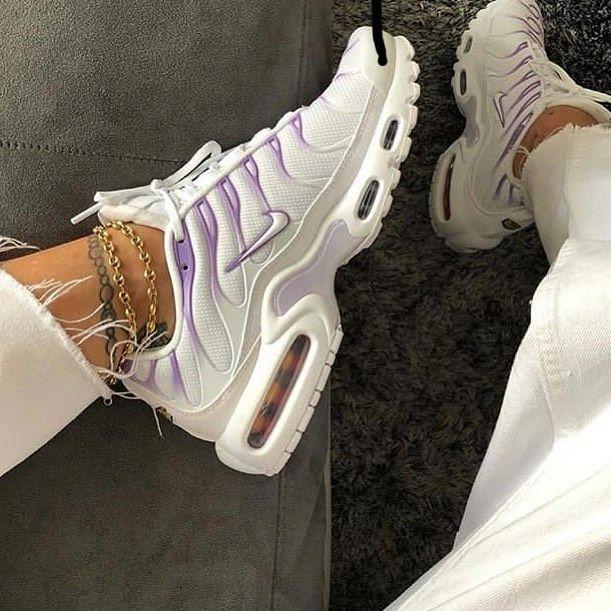 Locura Meditativo eterno  nike.tns . . . . . . . . . . . . .. . . .credit @niketn_4life #niketuned  #footlo...-#footlocker #footlockeraustralia … | Hype shoes, Cute sneakers,  Sneakers fashion