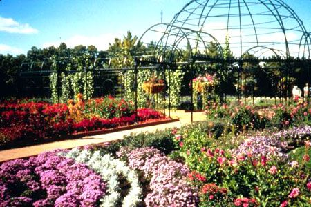 a09685e81f984dc5ffdaf40c628d0f0f - Best Time To Visit Munsinger Gardens