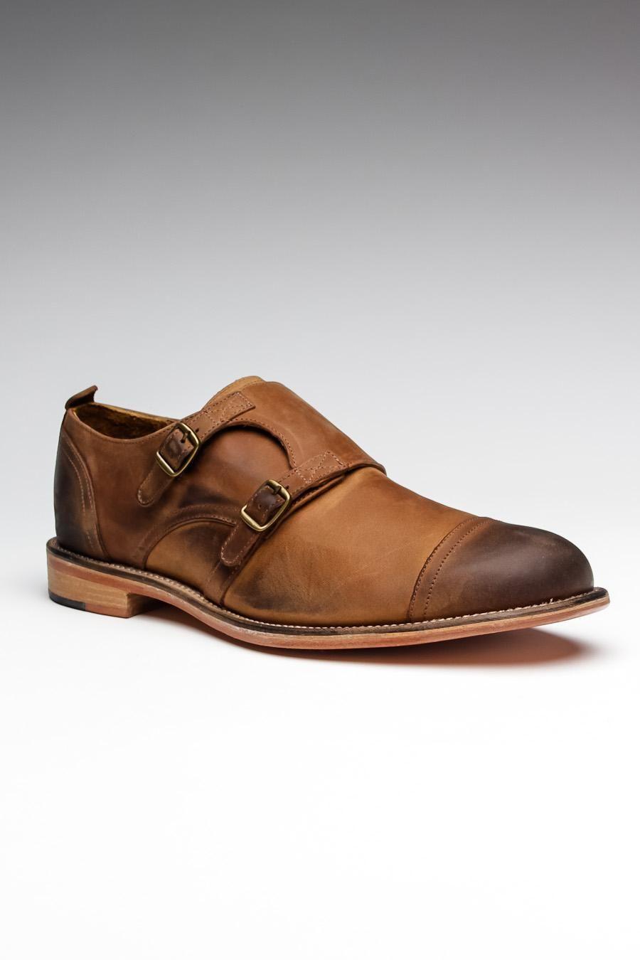 Troop Shoe
