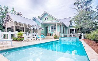 New Listing Chic Designer Watercolor Home Private Pool And Pet