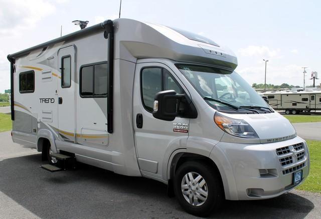 New Used Mini Motorhome Rvs For Sale At Camping World Rv Sales Chicago Wauconda Il Illinois Camping World Rv Sales Mini Motorhome Used Camping Trailers