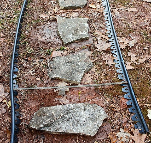 Cheap Easy Walkway: How To Create An Inexpensive Mulch And Stone Walkway