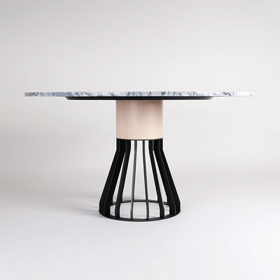 Table de salle a manger Mewoma via Goodmoods Appartement