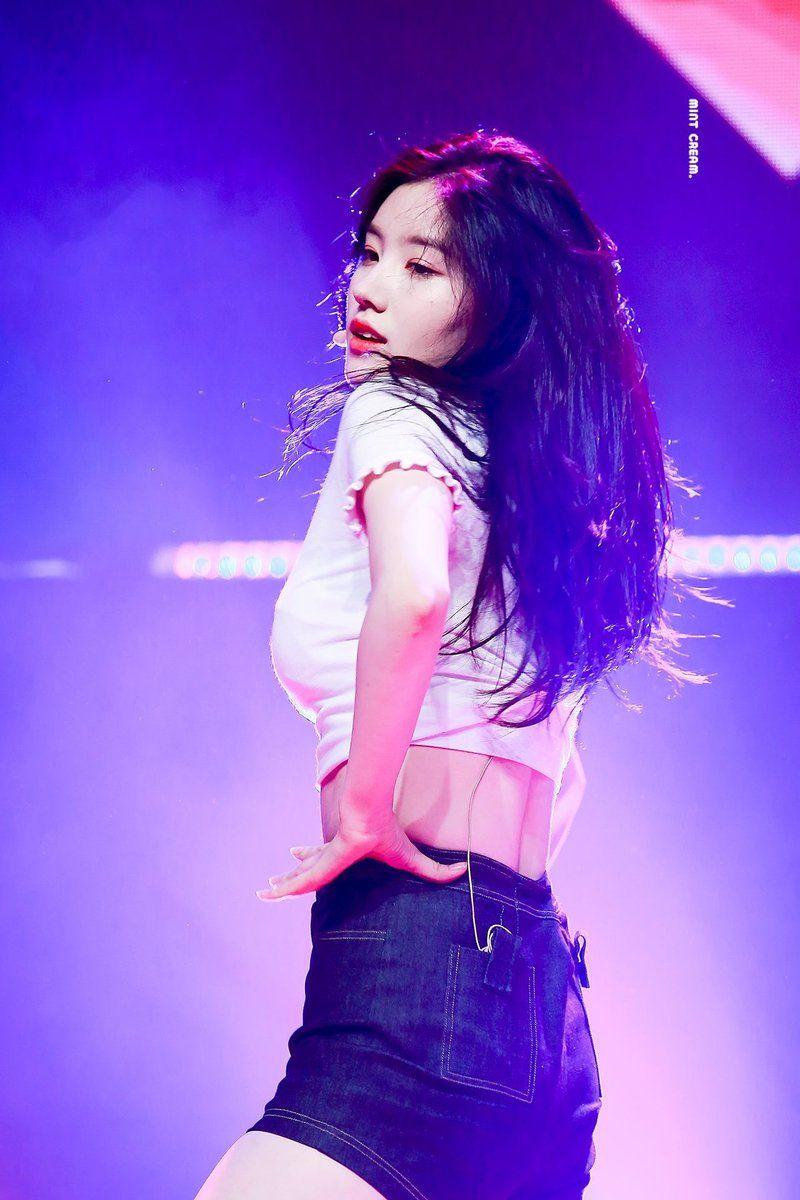 PRISTIN ♡ Xiyeon 시연 • Park SiYeon 박시연 (Park JungHyeon 박정현) 170530 #띠띠 #퀸시연