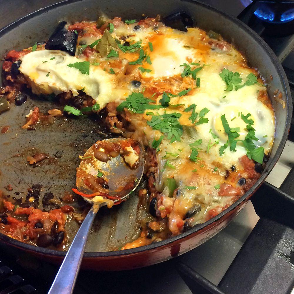 Huevos rancheros i pannan