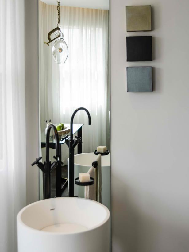 Eclectic | Bathrooms | Erinn Valencich : Designers\' Portfolio : HGTV ...