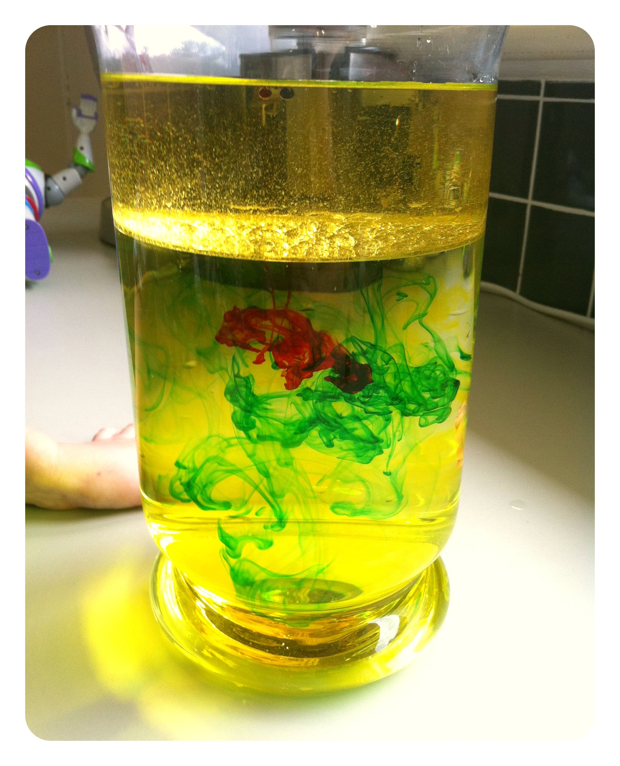 Mixing oil and water – science experiment | KE Fun | Pinterest ...
