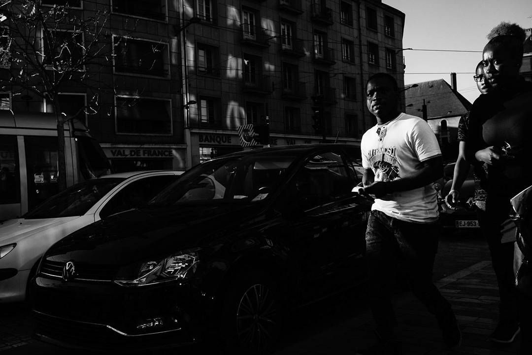 Orléans France 2017. #streetphotography #orleans #france #urban #finart #print  #pierrepichot #shadows #ig_street #lensonstreets #lensculturestreets #wearethestreet #worldstreetfeature #creativeimagemagazine #life_is_street #zonestreet #everydaylife #everybodystreet #streetleaks #streetshared #streetphotographyhub #ourstreets #spicollective #bnw_society #bnw_demand #streetselect  #in_public_sp #capturestreets #street_storytelling #classic_streets