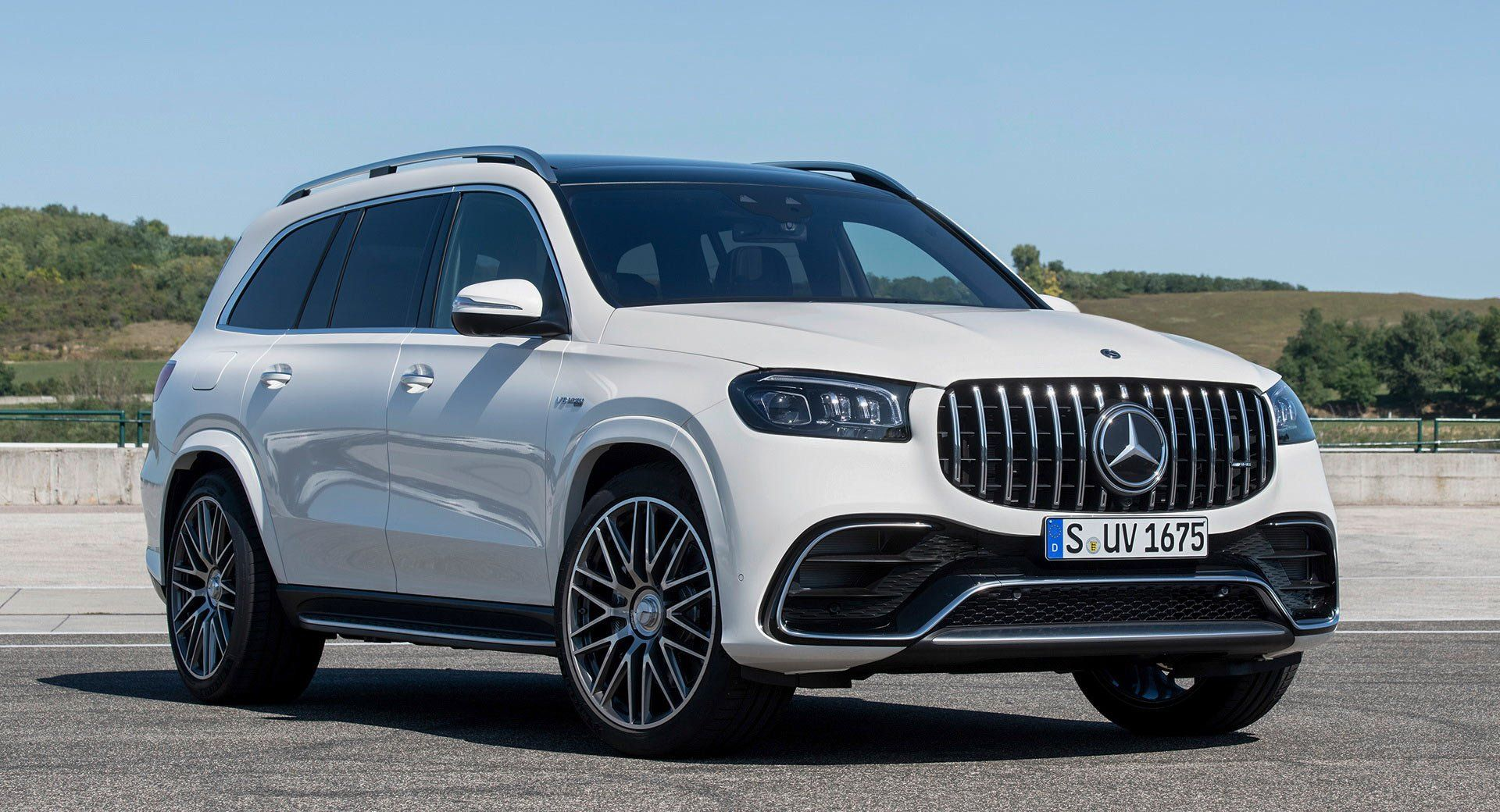 2021 Mercedes Amg Gls 63 Is Your Glorious 603 Hp Luxury 7 Seater Suv Laautoshow Mercedes Mercedesamg Merced New Mercedes Amg Mercedes Benz Gle 7 Seater Suv