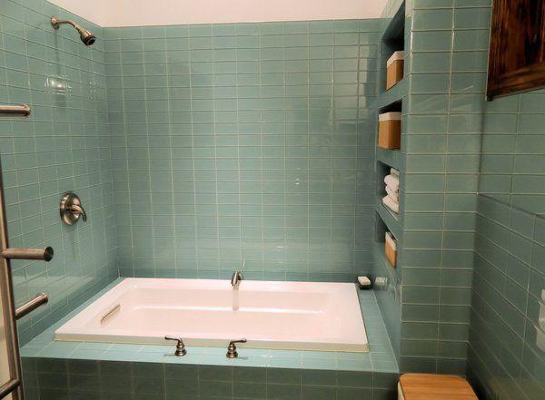 Bad Fliesen Ideen   Graue Blaue Farbe   Badewanne