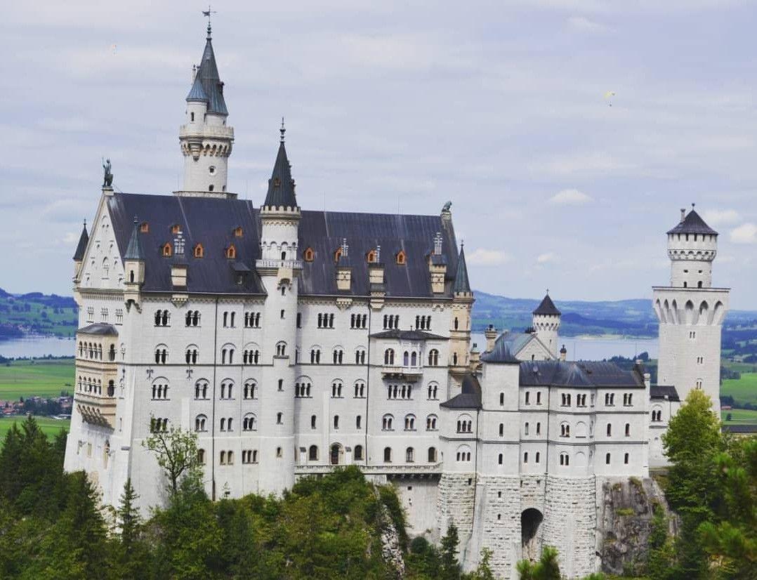 Pin By Hanan Neuschwanstein On Neuschwanstein In 2020 Neuschwanstein Castle Germany Castles Castle