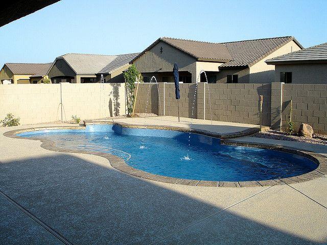 Fiji 2f viking pools free form design acapulco pools for Pool design examples