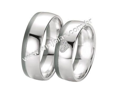 48f432571 Aliança de noivado e casamento
