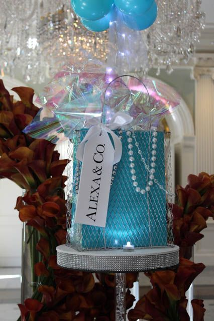 Bat Mitzvah Party Decorator Balloons Pearl centerpiece