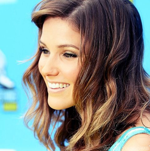 Best 25 Sophia Bush Hair Ideas On Pinterest Sophia Bush