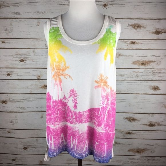 """[Chaser] Hawaii Sunset Graphic Muscle Tank Top Soft and oversized graphic tank from Celebrity favorite, Chaser. Racerback style with deep armholes. Layer over a lacy bandeau or your favorite swimsuit.  Fabric: 50% Cotton 50% Polyester Size: Medium (runs big) Bust: 20"""" Length: 25"""" in front 28"""" in back Condition: NWOT! Never been worn. No flaws.  No Trades! No PayPal! Chaser Tops Tank Tops"""