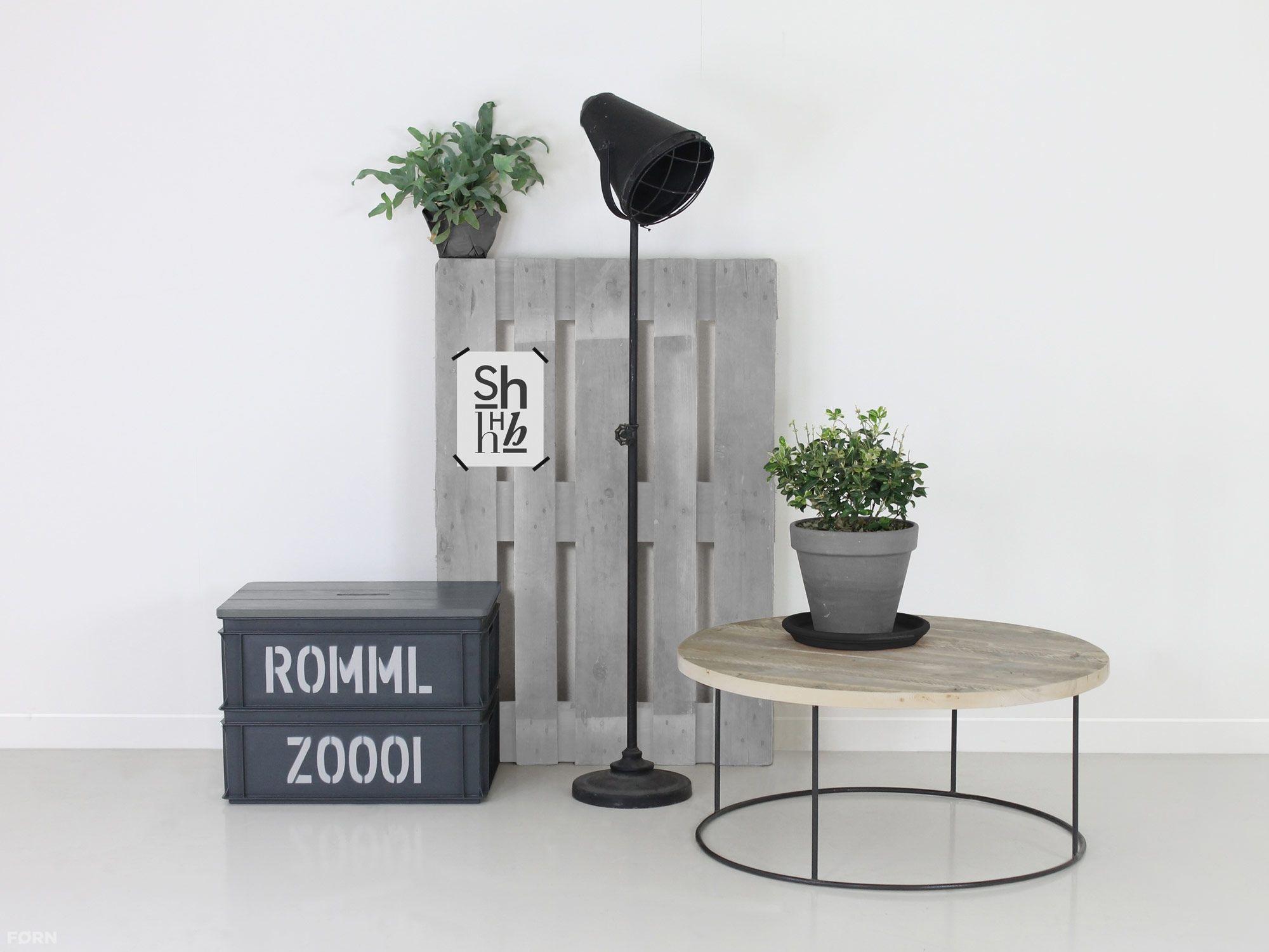 Wohnideen Büro Im Wohnzimmer runder industriedesign wohnzimmertisch olaf bauholzmoebeldesign de