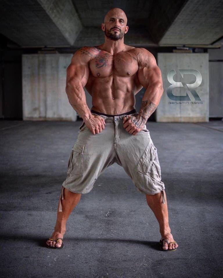 Pin by RJ Mark on Denim   Muscular men, Muscle hunks, Gym