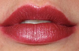 MAC Lipstick Swatches | Mac lipstick swatches, Mac lipstick