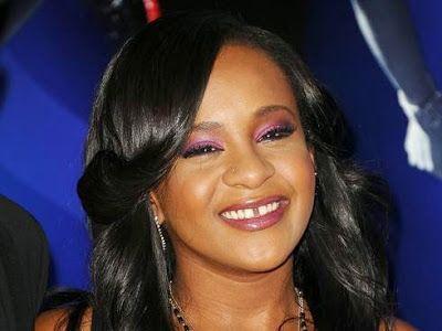 cotibluemos: Celebridades ofrecen apoyo a hija de Whitney Houst...