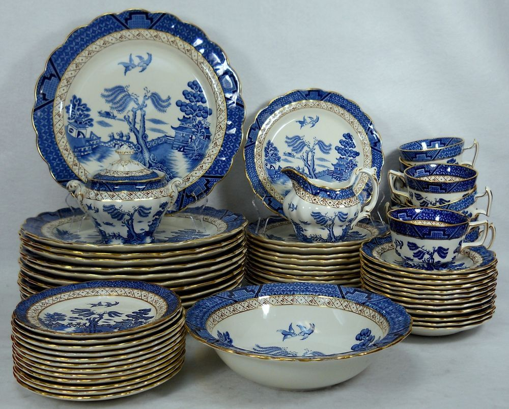 Booths China Real Old Willow Pattern 64 Piece Set Service For Twelve 12 Booths Blue Willow China Pattern Blue Willow China Willow Pattern