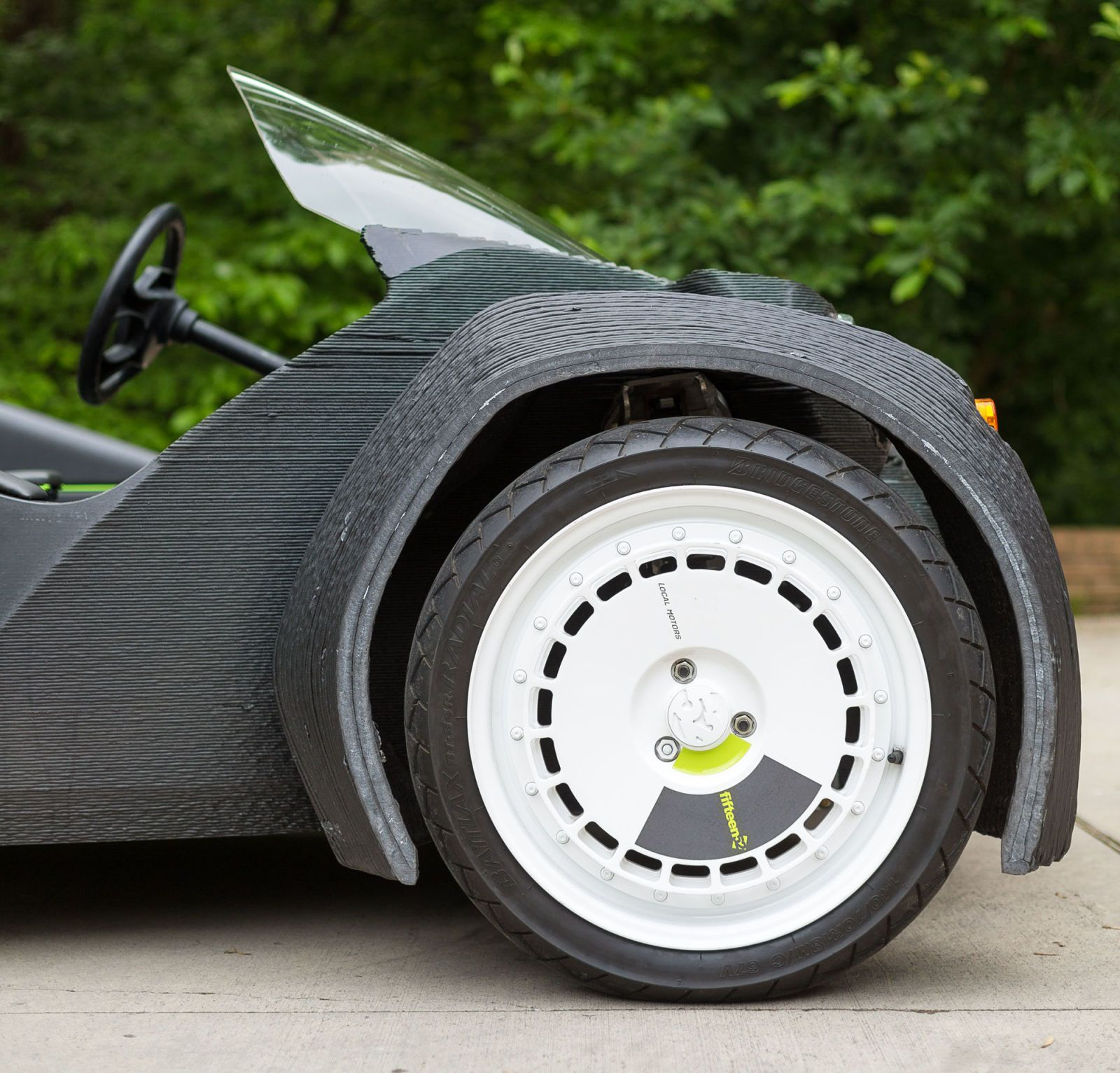 The World\'s First 3D-Printed Car Is a Blast to Drive | Cars and Wheels