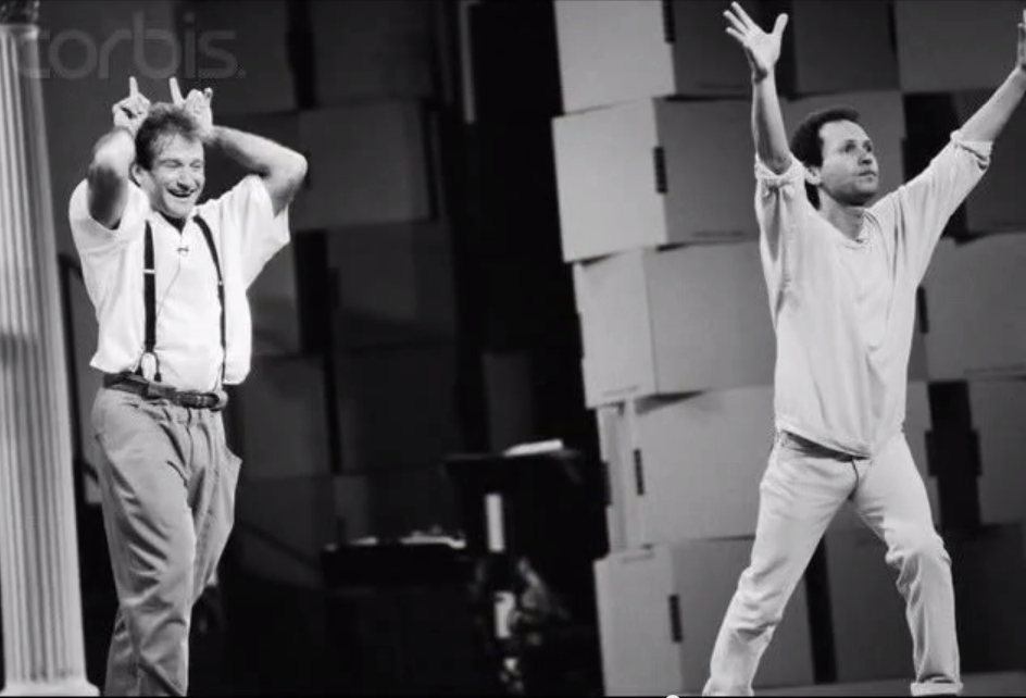 Robin Williams Billy Crystal Https Youtu Be My0gfdwn Za Robin Williams Friends Robin Williams Robin
