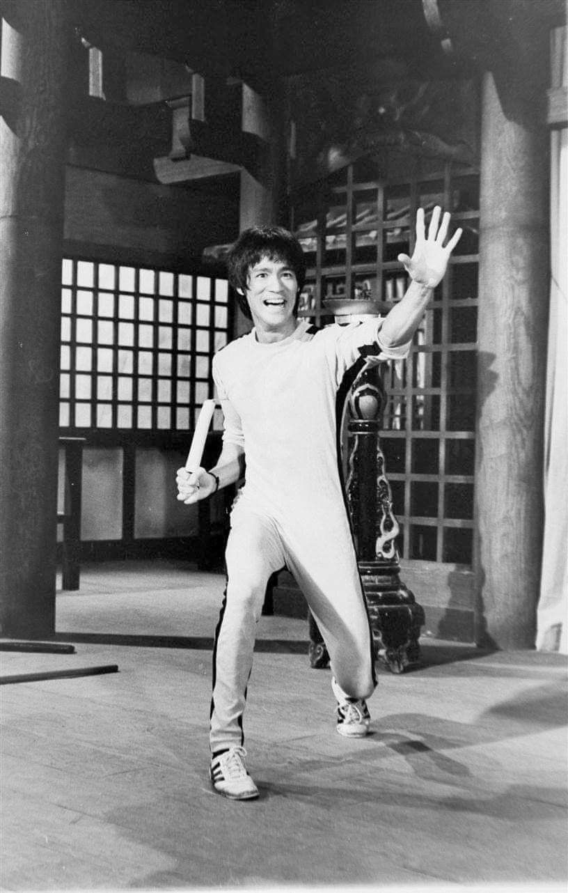 Pin on Game of death (1972)