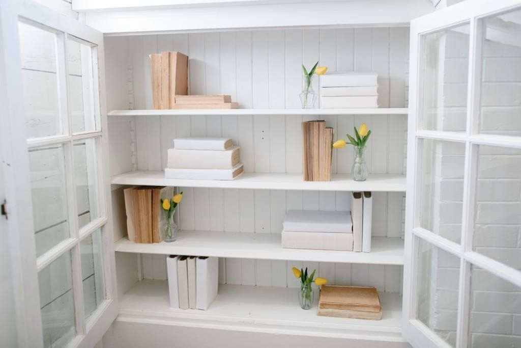 DIY Linen Covered Books is part of Home Accents DIY Joanna Gaines - Joanna loves using books in her home and in her design projects  They add texture, make the perfect pedestals for candles, and look great on shelving