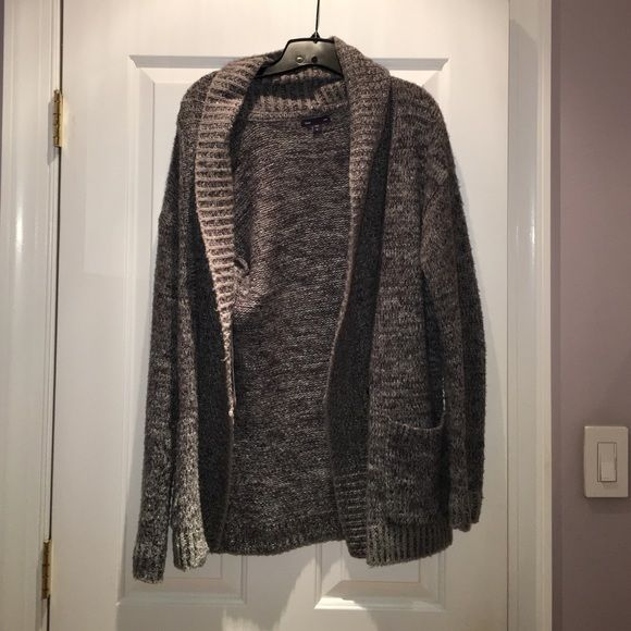 Gap Thick Gray Cardigan Goes great with a plain white tee and blue jeans! Keeps you very warm. Has a button and pockets! GAP Sweaters Cardigans