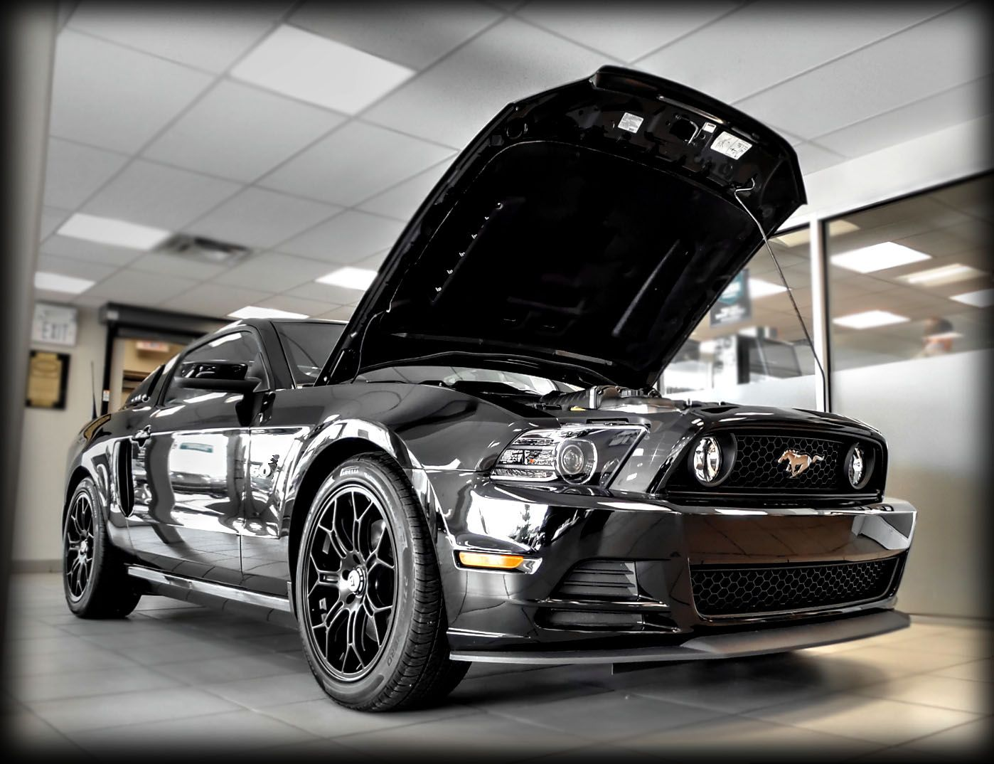 Modified Kentwood Kustoms 2014 Roush Powered Ford Mustang Gt