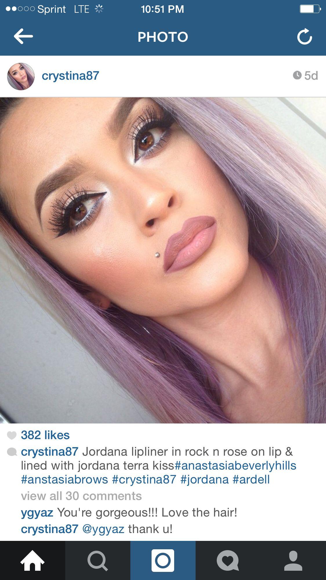One Glass Slipper: Jordana EasyLiner for Lips