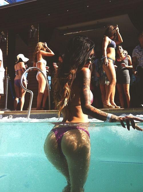 Sexy Pool Party Tumblr