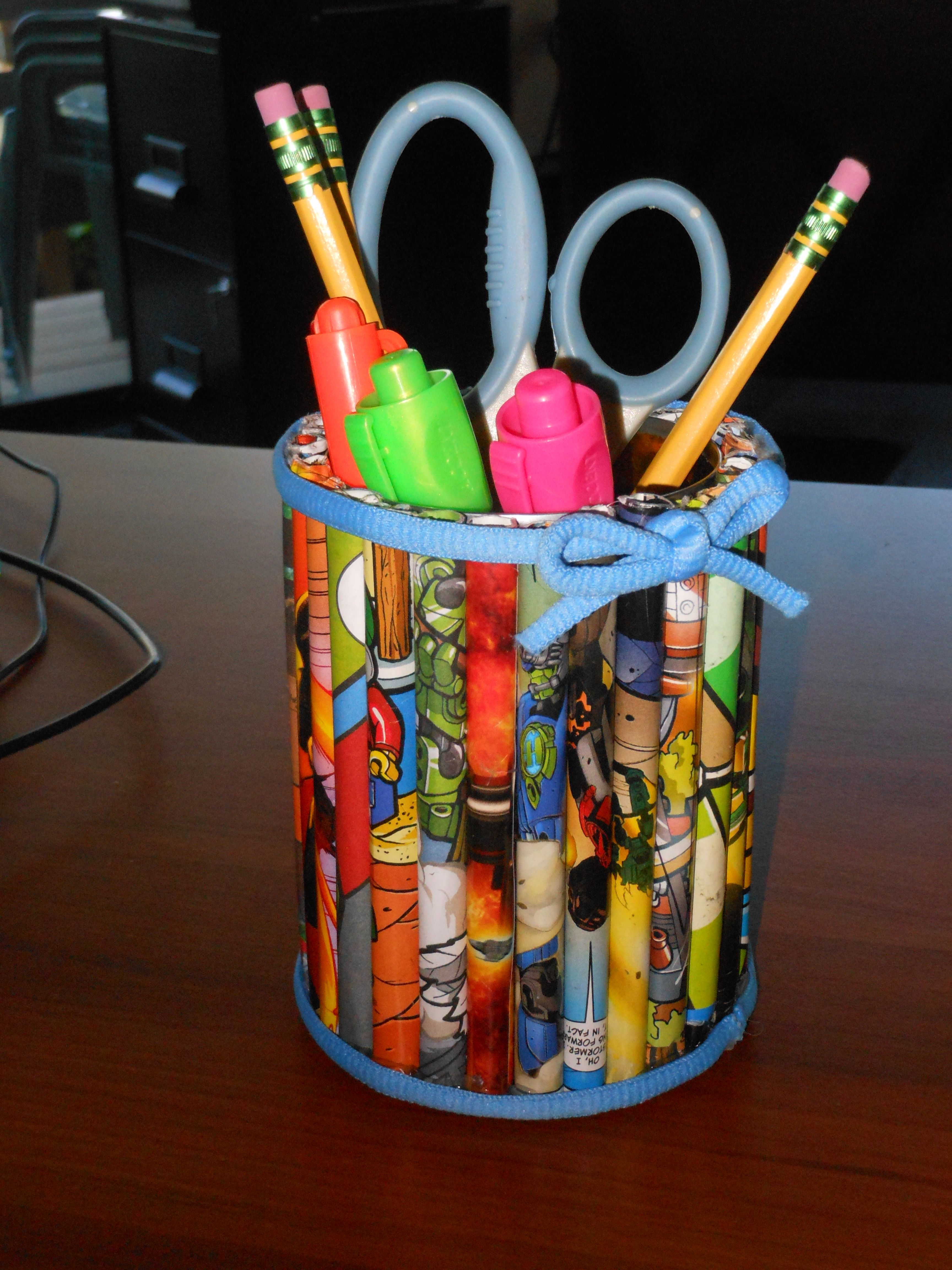 This is a pencil holder made of all recycled materials. Supply ... for Diy Plastic Bottle Pen Holder  153tgx