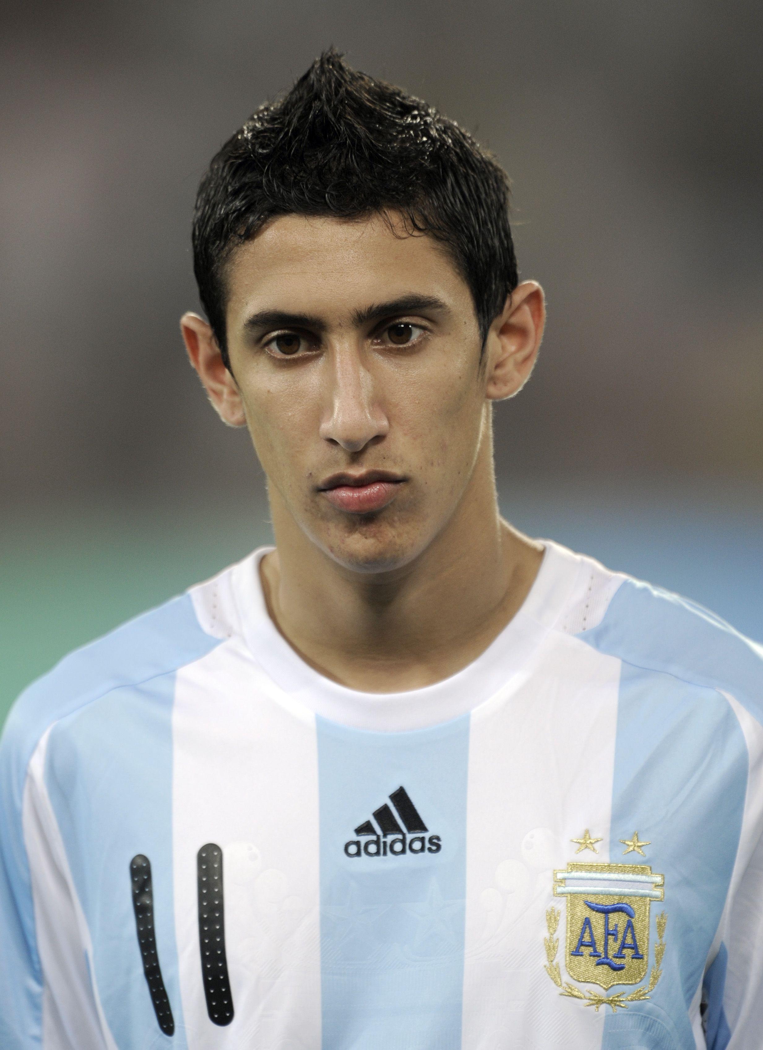 Este jugador es ngel Di Mara él es el centrocampista en el