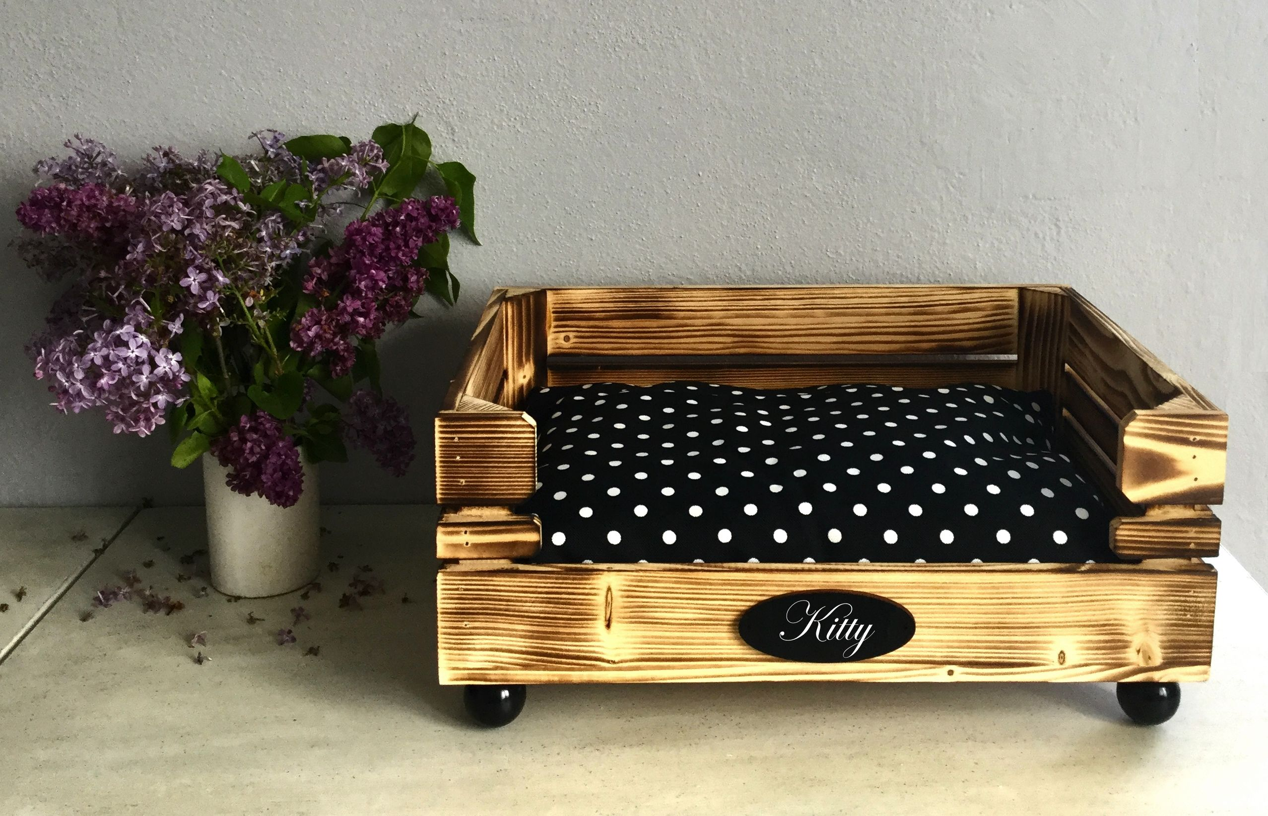 Wooden dog bed / sofa / lounge Sierra with nameplate