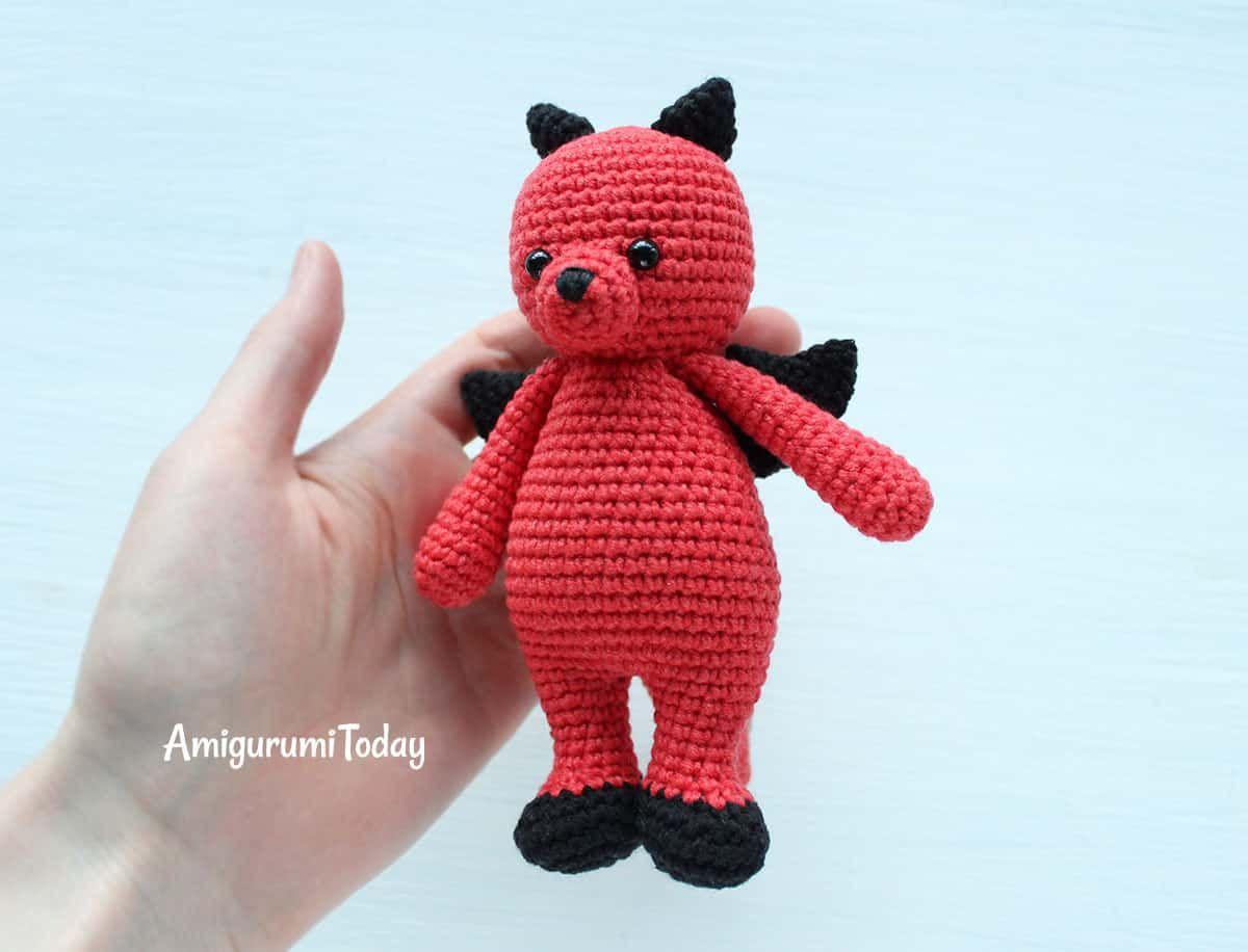 Patrón de amigurumi de Cuddle Me Dragon | Patrones amigurumi ...