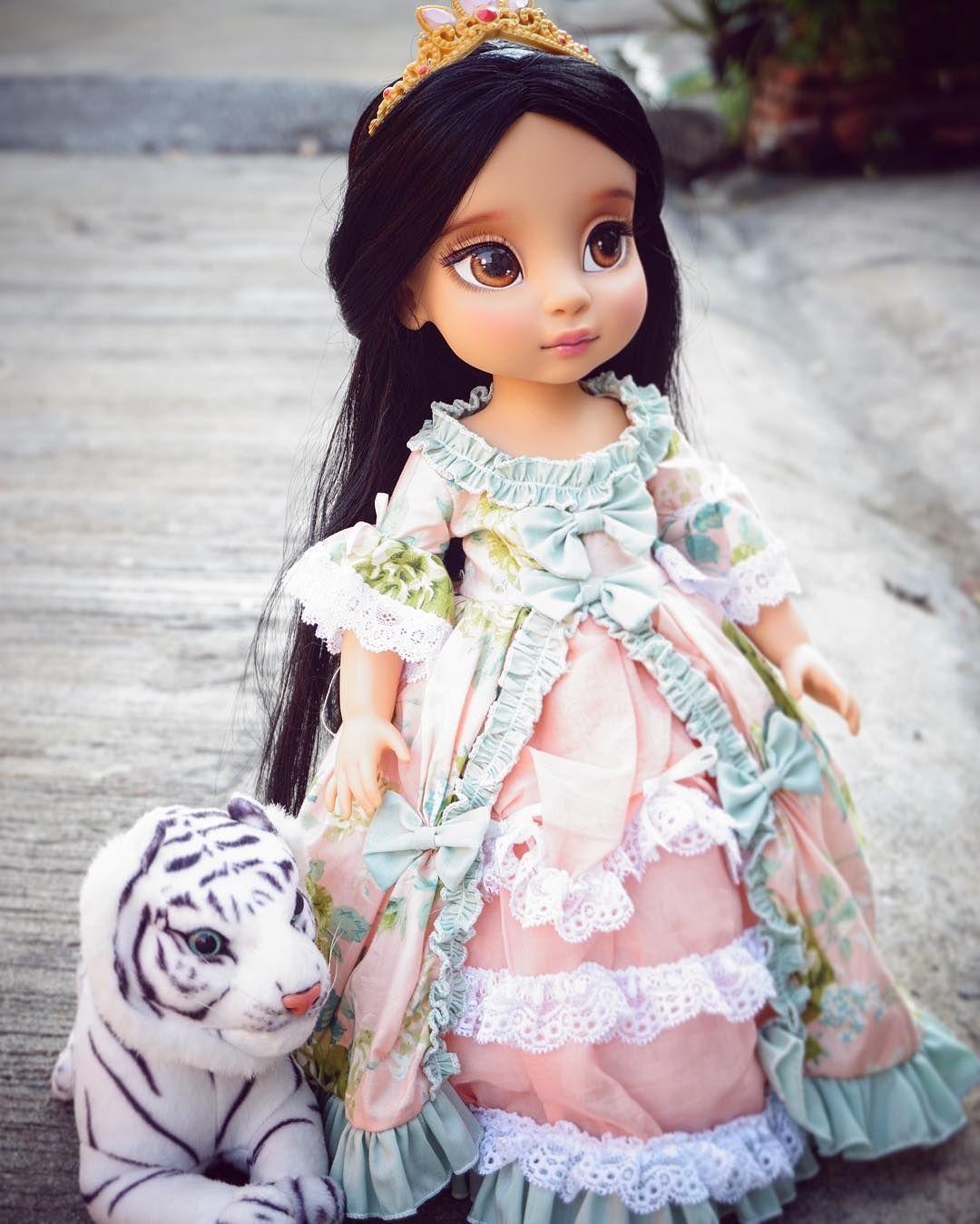 La Imagen Puede Contener 2 Personas Disfraces De Barbie Disney Animators Cosas Caseras