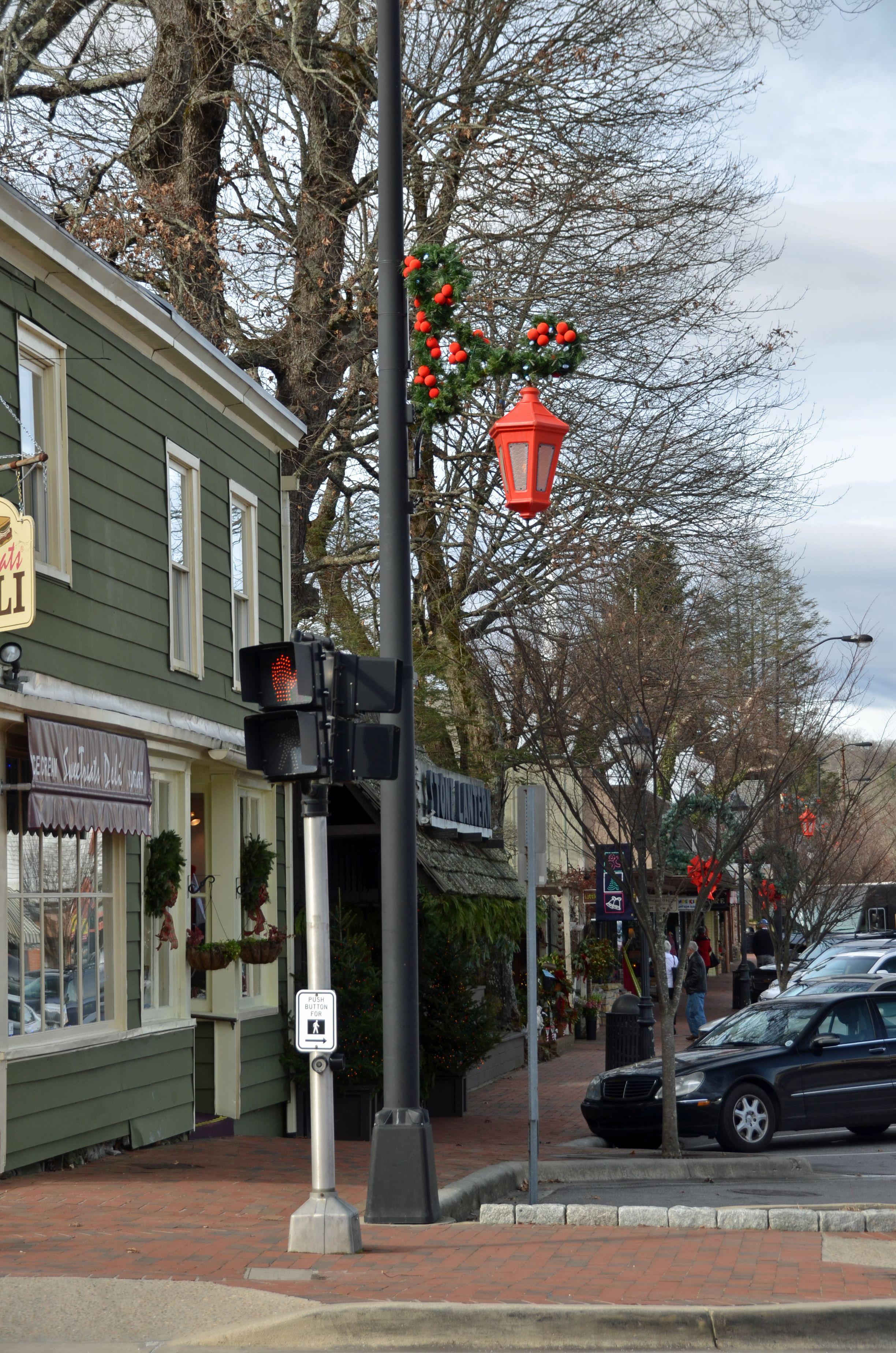 Main Street at Christmas time, Highlands, NC>   Highlands nc, Paradise on earth, Historic inns