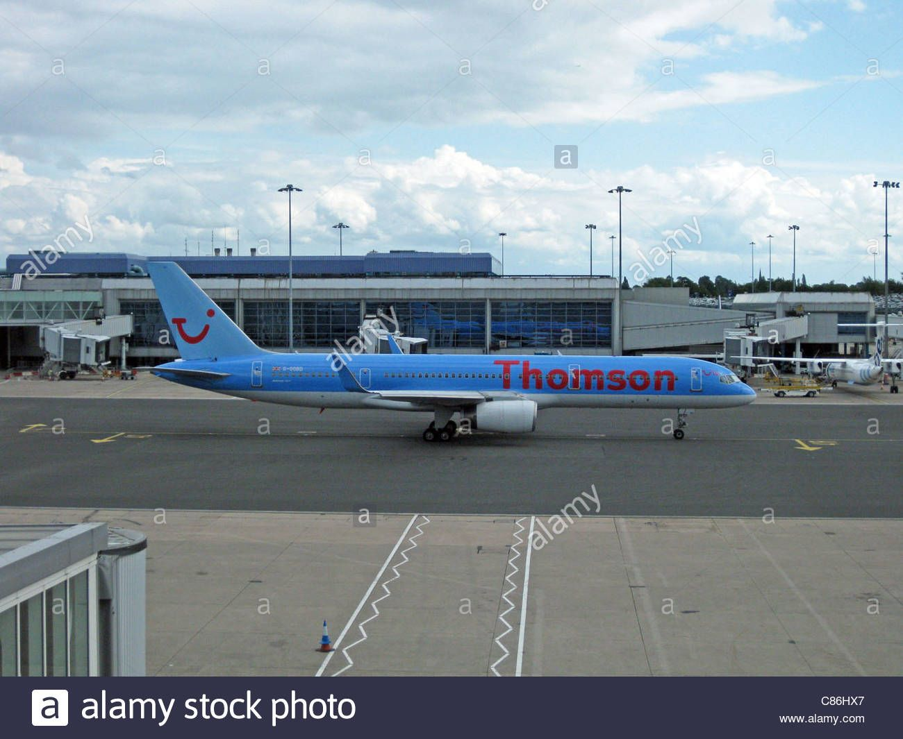 Stock Photo Thomson Airways Boeing 757 200 With Blended Winglets Registration Number G Oobd Birmingham International Ai Thomson Airways Boeing Stock Photos