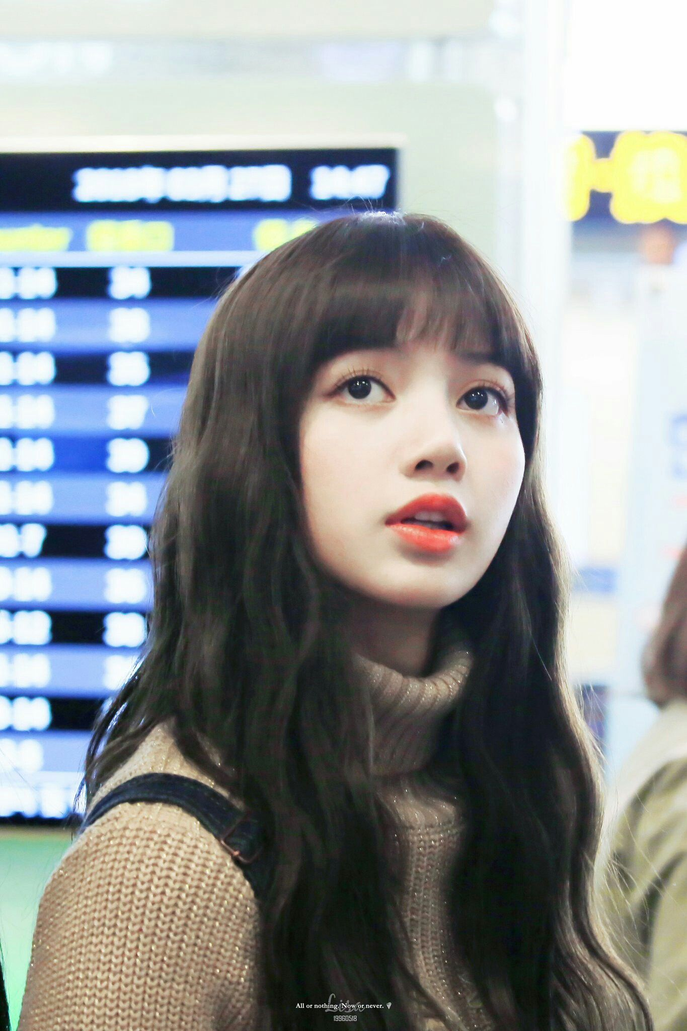 BLACKPINK Lisa at Gimpo Airport | blackpink ‧₊˚.☆゚ | Duvar ...