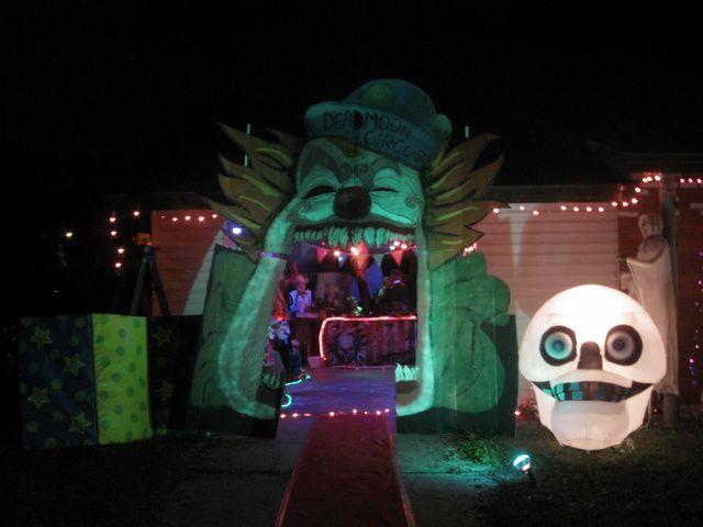 Halloween carnevil entrance inspiration HF member Halloween stuff - circus halloween decorations