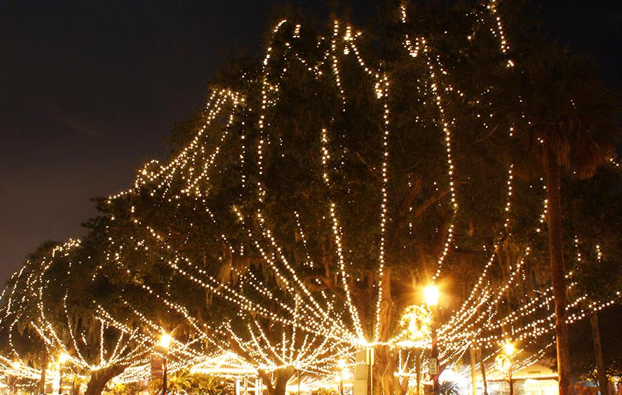 Christmas Lights In Jacksonville Jacksonville Beach Moms Jacksonville Beach Beach Mom Neptune Beach