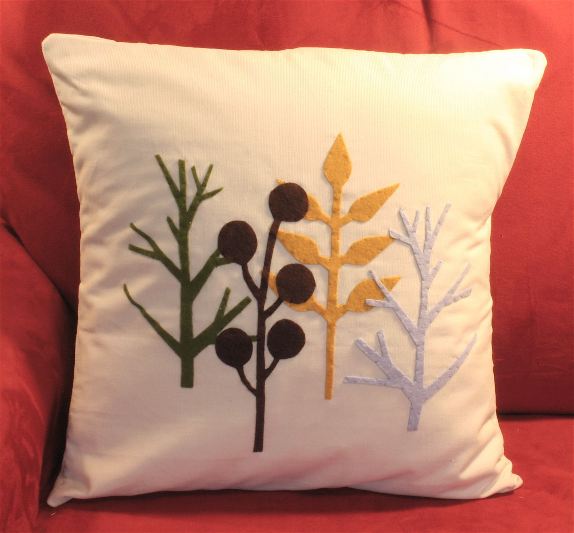 17 Best images about Embroidery Design Pillow on Pinterest   Embroidery   Green pillow covers and Linen pillows. 17 Best images about Embroidery Design Pillow on Pinterest